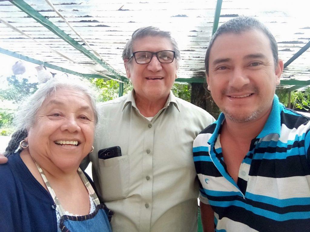 Freddy, Mario e Micaela nostri amici e partner per tutte le esperienze di viaggio in Guatemala.