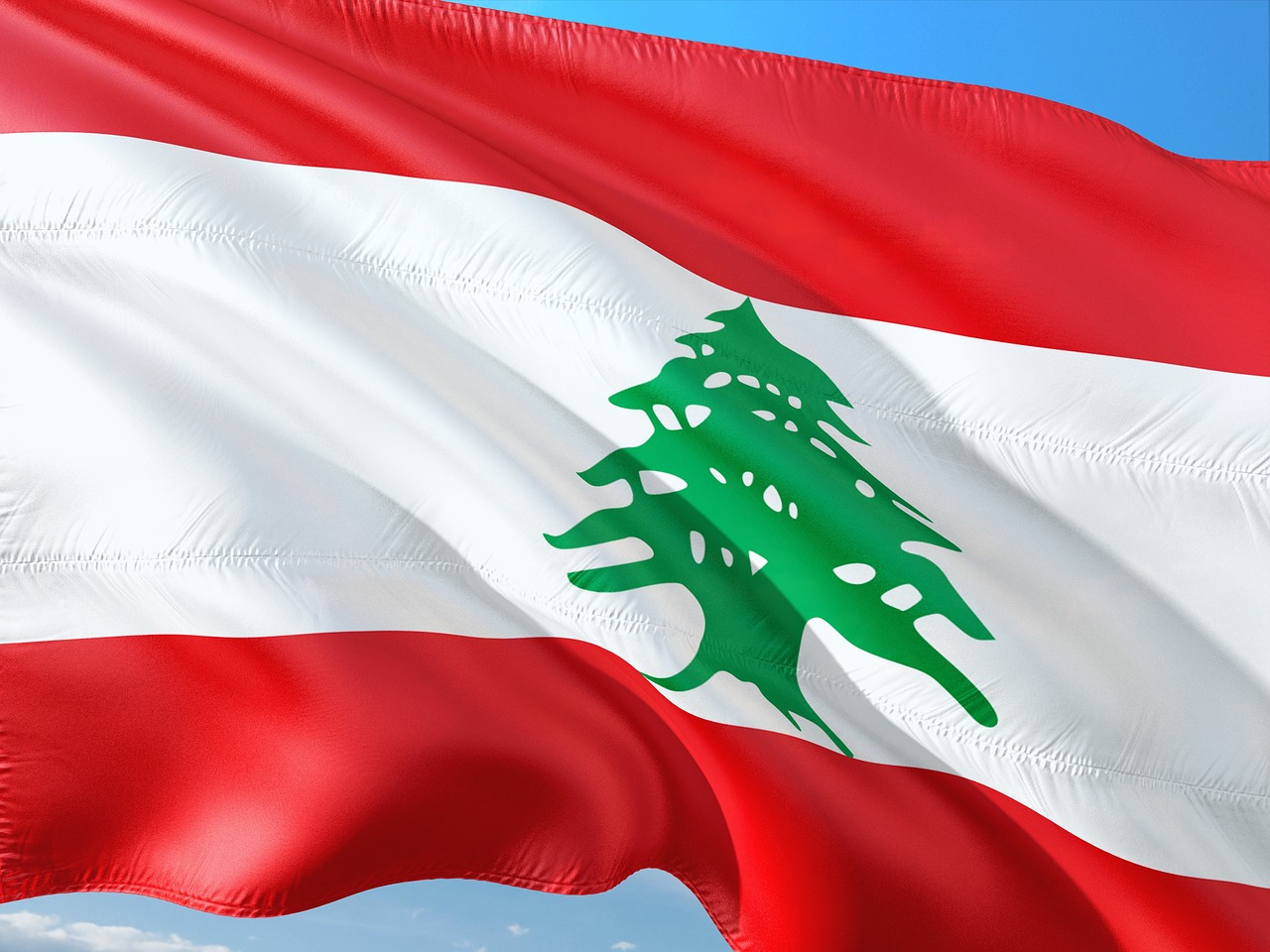 Pubblichiamo 2 articoli sulla situazione attuale del Libano