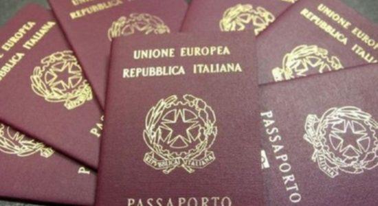 Passaporto: novità su tassa annuale e marca da bollo